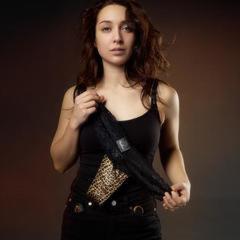 Трусики с вибромассажером Tania для стимуляции клитора  в стильной косметичке